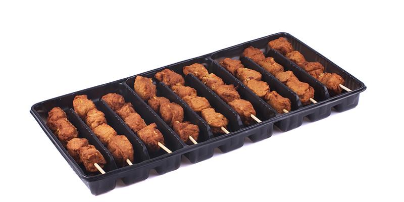 Vegetarische saté in tray
